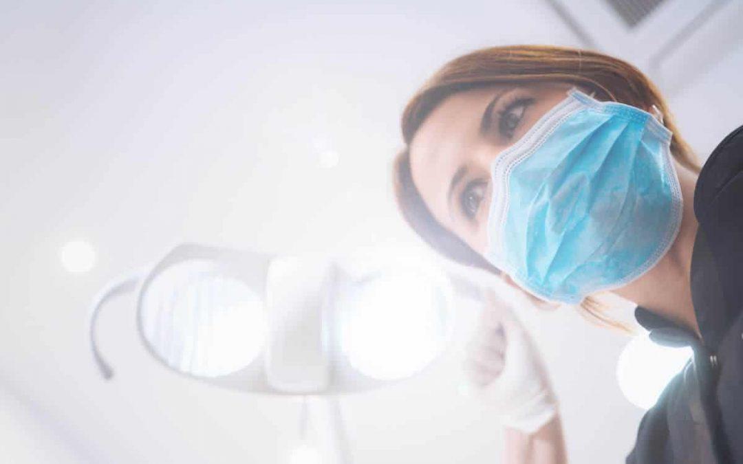 Recomendaciones valiosas para elegir a un dentista de confianza