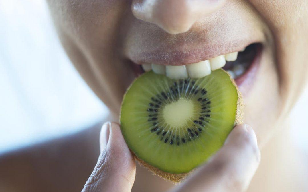 Los mejores alimentos para fortalecer las encías